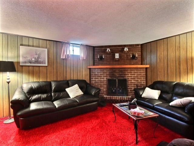 Detached at 48 Arrowhead Pl, Kitchener, Ontario. Image 18