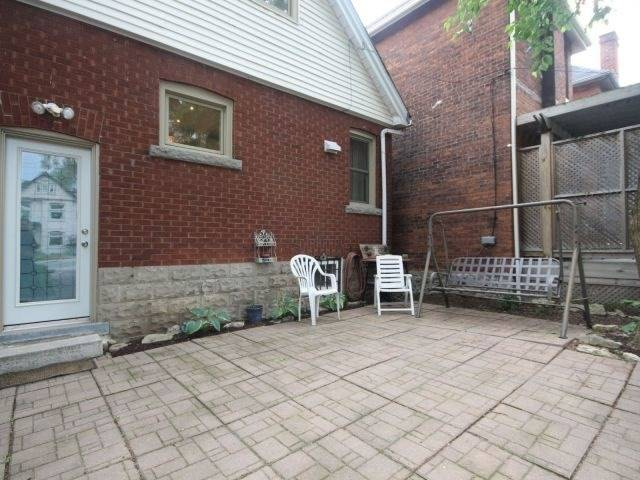 Detached at 14 Bruce St, Hamilton, Ontario. Image 4