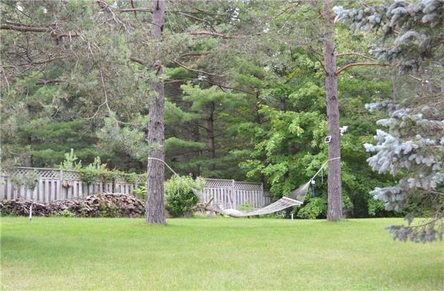 Detached at 251 John St, Kawartha Lakes, Ontario. Image 10
