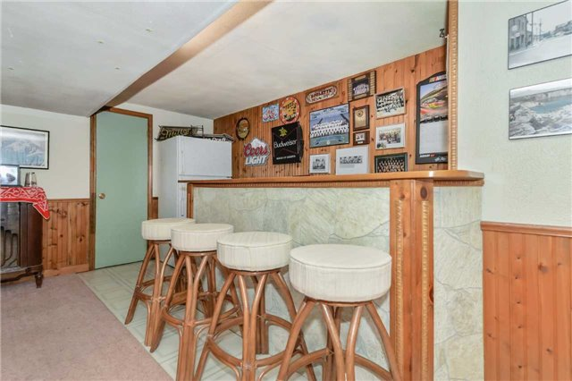 Detached at 7 Highland Rd, Centre Wellington, Ontario. Image 8