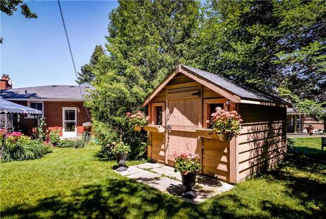 Detached at 7 Highland Rd, Centre Wellington, Ontario. Image 13