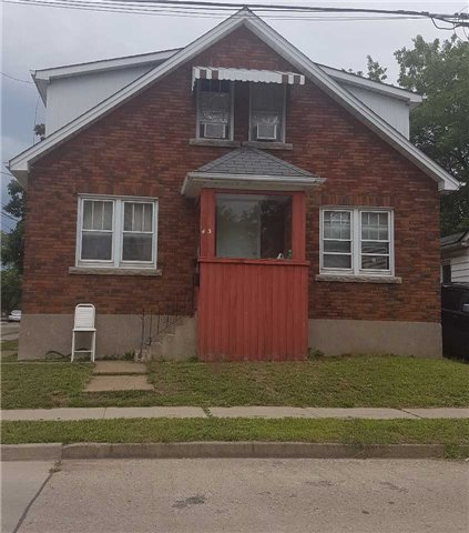 Detached at 43 Division St, St. Catharines, Ontario. Image 1