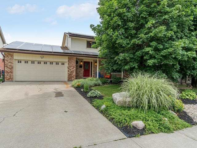 Detached at 6 Summerfield Dr, Guelph, Ontario. Image 1