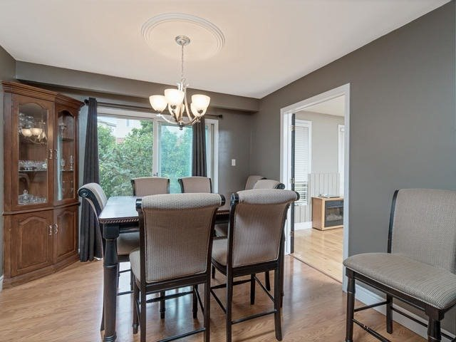 Detached at 6 Summerfield Dr, Guelph, Ontario. Image 16