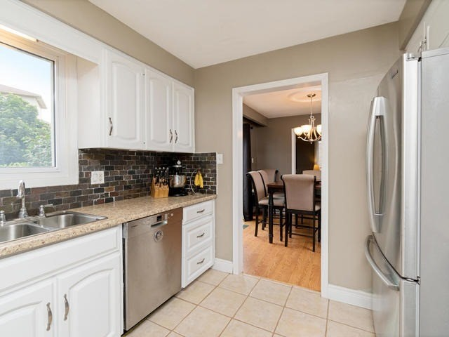 Detached at 6 Summerfield Dr, Guelph, Ontario. Image 19