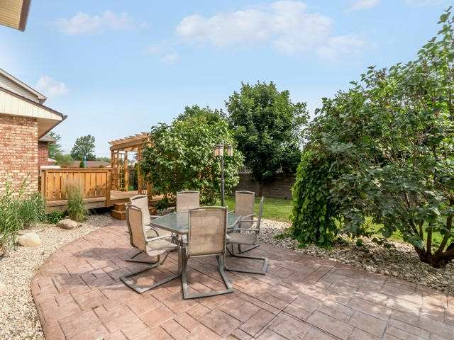 Detached at 6 Summerfield Dr, Guelph, Ontario. Image 11