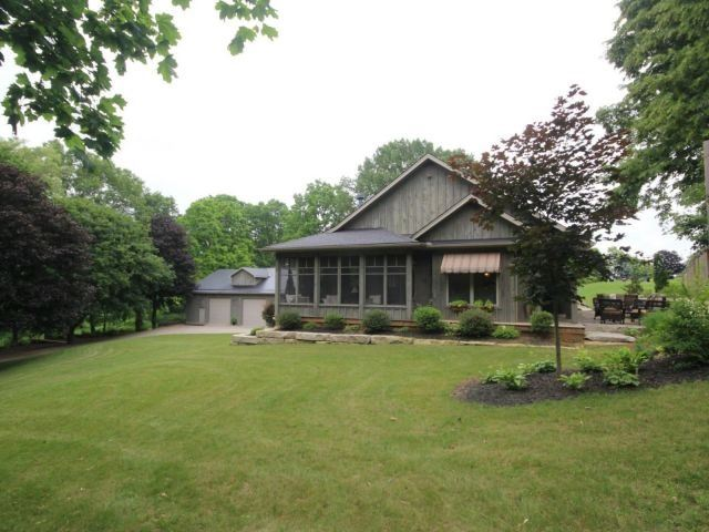 Detached at 5890 Sunset Rd, Central Elgin, Ontario. Image 12