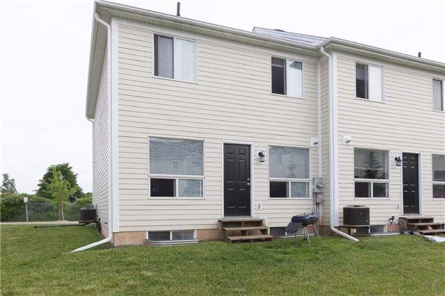 Condo Townhouse at 600 Sarnia Rd, Unit 36, London, Ontario. Image 9