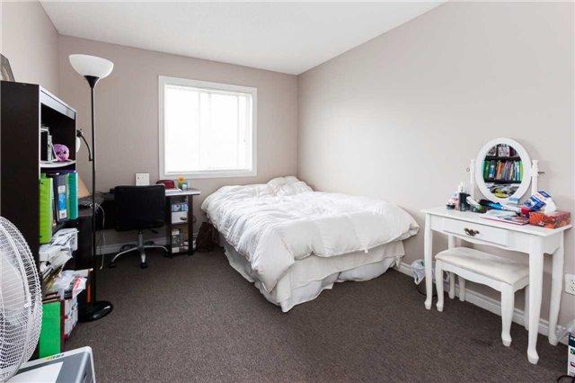 Condo Townhouse at 600 Sarnia Rd, Unit 36, London, Ontario. Image 2