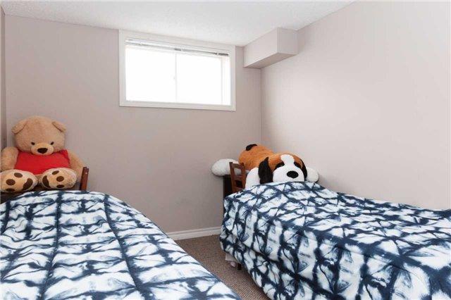 Condo Townhouse at 600 Sarnia Rd, Unit 36, London, Ontario. Image 6