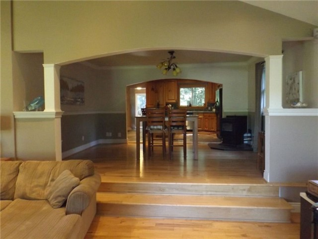 Detached at 1599 Canning Rd, Gravenhurst, Ontario. Image 11