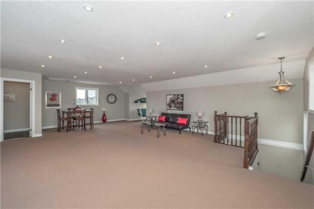 Detached at 27 Atto Dr, Guelph, Ontario. Image 6