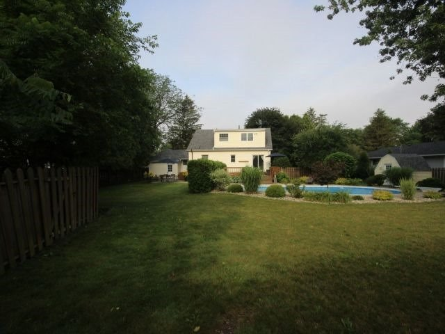 Detached at 4284 Kennedy Dr, Windsor, Ontario. Image 11