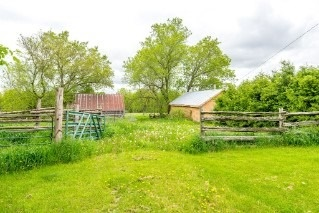 Farm at 617 Sturgeon Point Rd, Kawartha Lakes, Ontario. Image 6