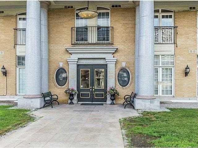 Condo Apartment at 135 James St S, Unit 1503, Hamilton, Ontario. Image 4