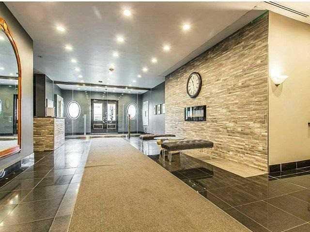 Condo Apartment at 135 James St S, Unit 1503, Hamilton, Ontario. Image 5