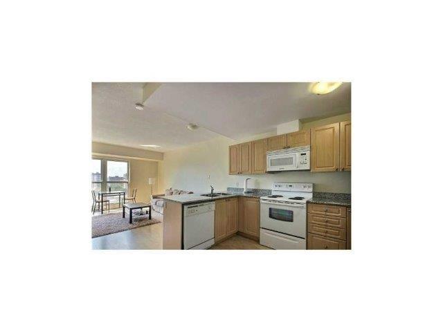 Condo Apartment at 135 James St S, Unit 1503, Hamilton, Ontario. Image 9