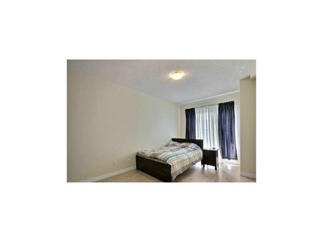 Condo Apartment at 135 James St S, Unit 1503, Hamilton, Ontario. Image 2