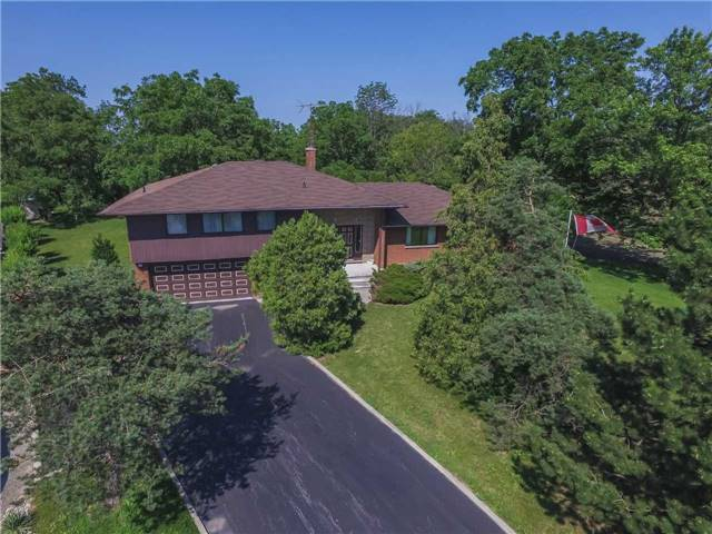 Detached at 44 S Fifty Rd, Hamilton, Ontario. Image 1