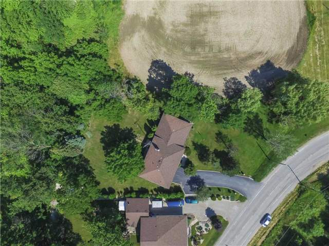 Detached at 44 S Fifty Rd, Hamilton, Ontario. Image 11