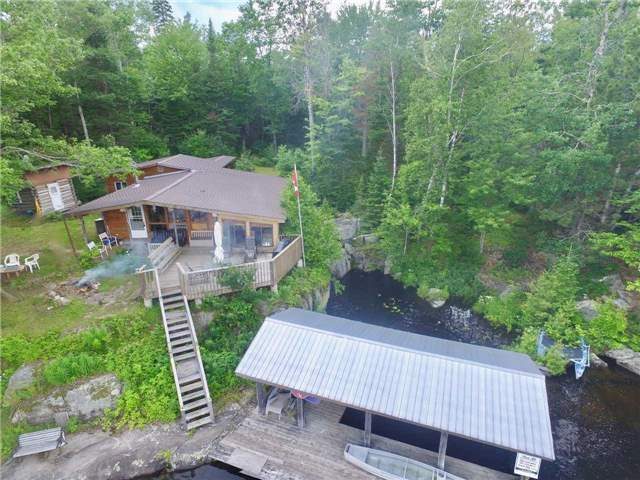 Cottage at 830 Weslemkoon Lake Wao Rd, Addington Highlands, Ontario. Image 12