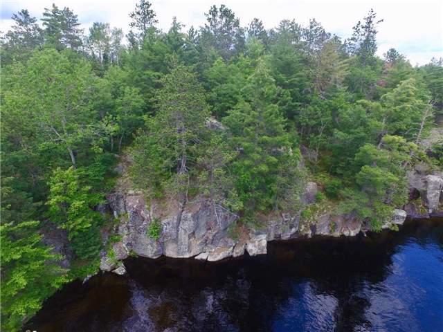 Cottage at 830 Weslemkoon Lake Wao Rd, Addington Highlands, Ontario. Image 17