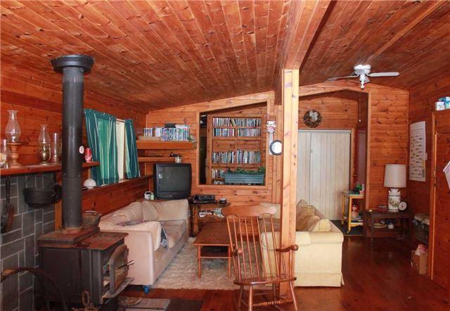 Cottage at 830 Weslemkoon Lake Wao Rd, Addington Highlands, Ontario. Image 3