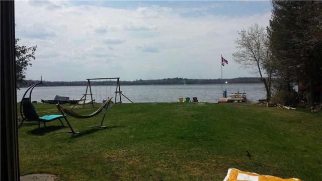 Cottage at 5 Bayside St, Kawartha Lakes, Ontario. Image 5