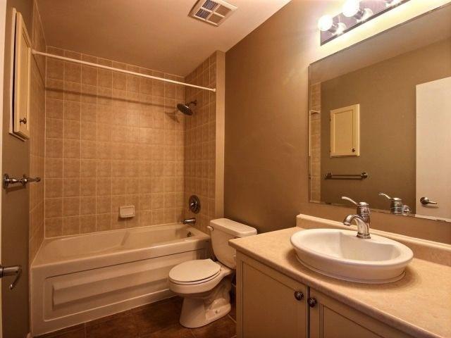 Condo Apartment at 404 King St W, Unit 434, Kitchener, Ontario. Image 8