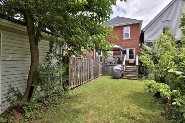 Detached at 173 Tragina Ave N, Hamilton, Ontario. Image 11