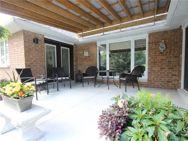 Detached at 2057 Country Rd 46, Lakeshore, Ontario. Image 3