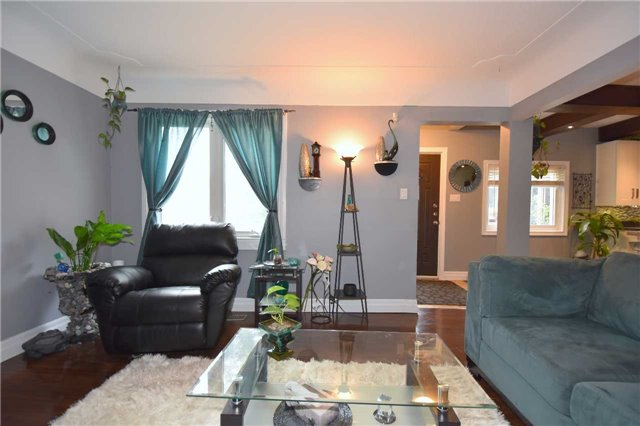 Detached at 795 Rymal Rd E, Hamilton, Ontario. Image 20