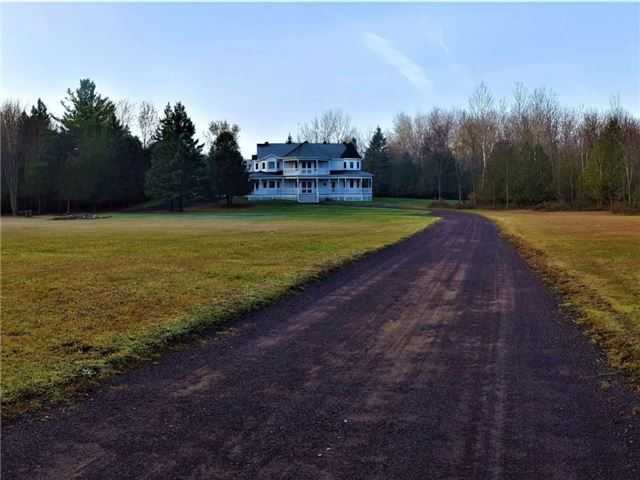 Detached at 1469 Corkery Rd, Ottawa, Ontario. Image 12