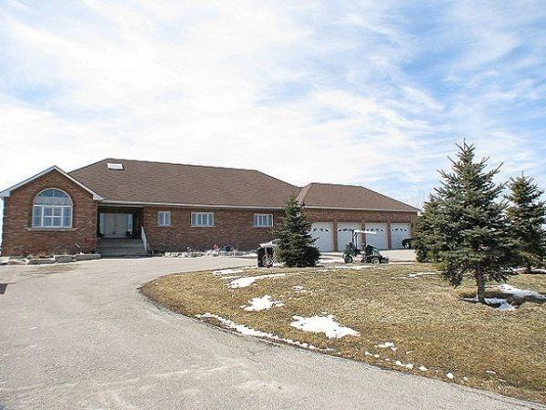 Detached at 933120 Airport Rd, Mono, Ontario. Image 6