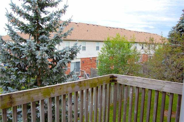 Condo Apartment at 565 Greenfield Ave, Unit 312, Kitchener, Ontario. Image 6