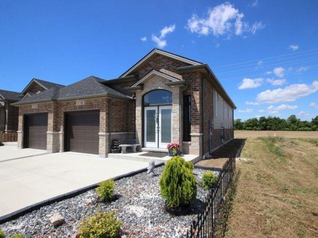 Semi-detached at 32 Hazel Cres, Kingsville, Ontario. Image 9