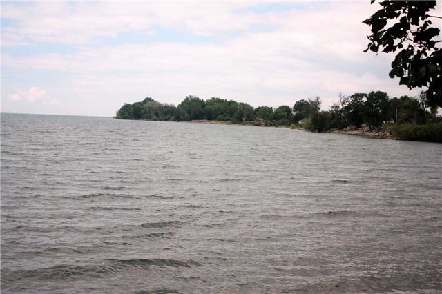 Detached at 1778 Lakeshore Rd, Haldimand, Ontario. Image 10