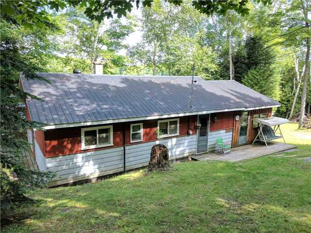 Cottage at 1396 Anderson Rd, Highlands East, Ontario. Image 11