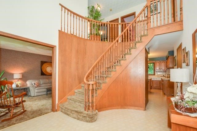Detached at 644 Black Forest  Pl, Waterloo, Ontario. Image 14
