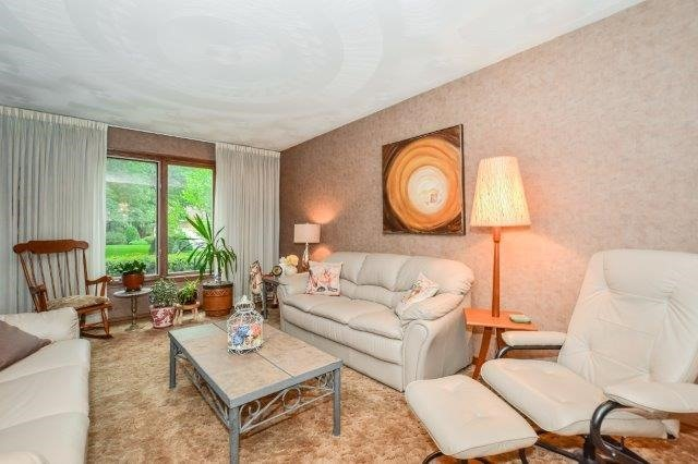 Detached at 644 Black Forest  Pl, Waterloo, Ontario. Image 16