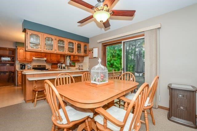 Detached at 644 Black Forest  Pl, Waterloo, Ontario. Image 4