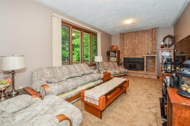 Detached at 644 Black Forest  Pl, Waterloo, Ontario. Image 5