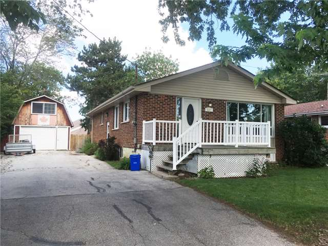 Detached at 267 Winona Rd, Hamilton, Ontario. Image 1