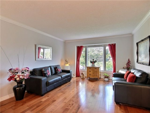 Detached at 1055 Belvedere Ave, Clarence-Rockland, Ontario. Image 11