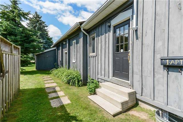 Store With Apartment/Office at 1 Wellington 124 Rd, Erin, Ontario. Image 11