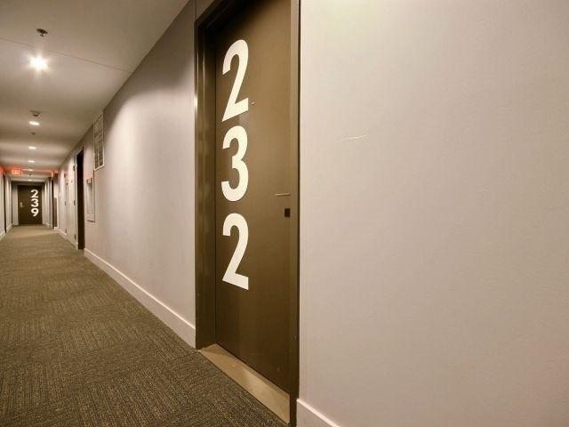 Condo Apartment at 340 Mcleod St, Unit 232, Ottawa, Ontario. Image 15