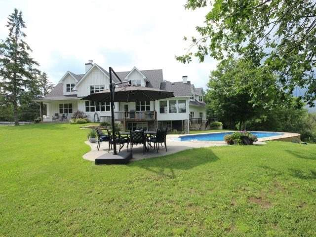 Detached at 1567 8th Line Rd, Ottawa, Ontario. Image 11