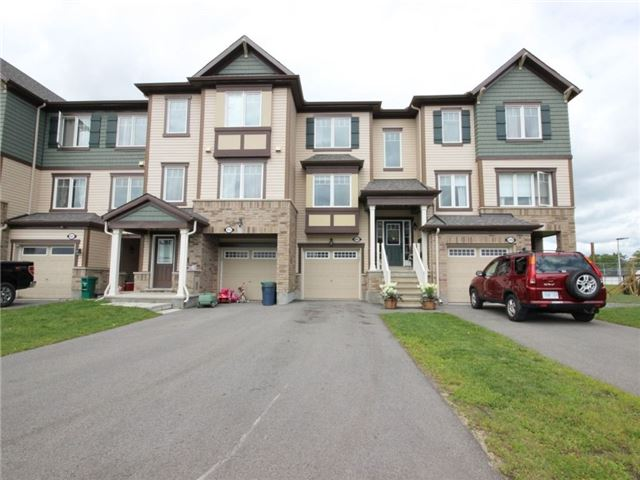 Townhouse at 441 Coldwater Cres, Ottawa, Ontario. Image 1