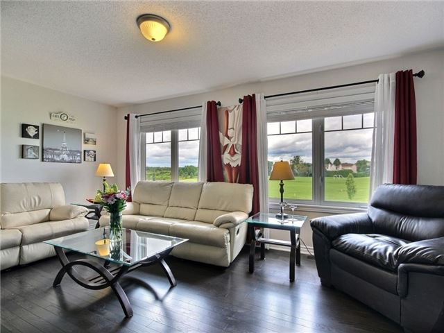 Townhouse at 441 Coldwater Cres, Ottawa, Ontario. Image 2