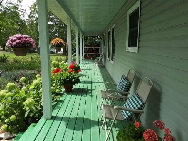 Detached at 9 Philip St N, Prince Edward County, Ontario. Image 7
